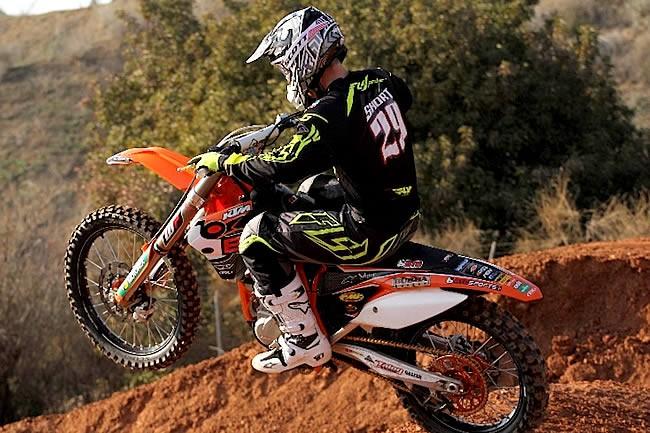 Des suspensions à air sur la KTM d'Andrew Short
