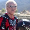"Vidéo : Dean Wilson se transforme en ""Grandpa Earl"""
