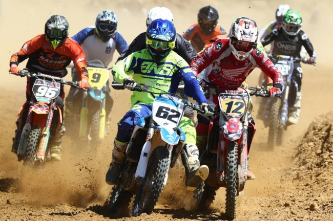 FPCNA : plus de 200 photos du motocross de Mont-Saint-Guibert