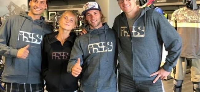 Julien Vanstippen poursuit sa carrière en freestyle avec IXS