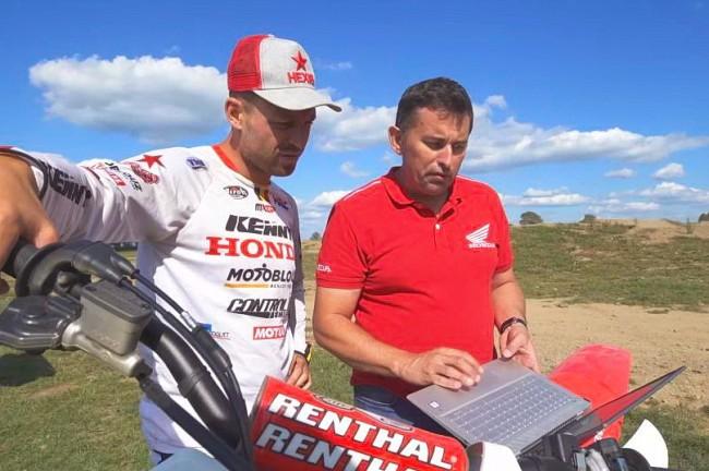 Jérémy Van Horebeek détaille les avantages du système de contrôle du couple Honda