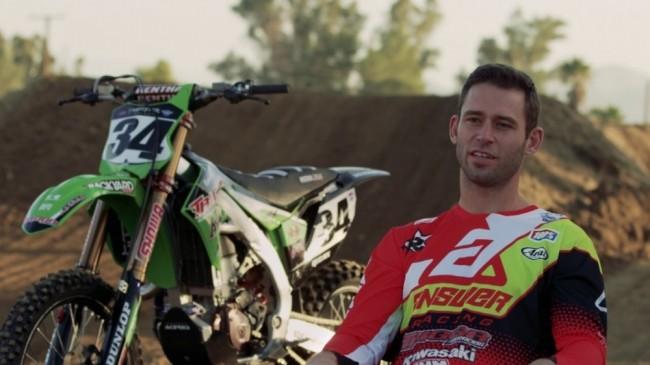 Vidéo : Tyler Bowers habillé par Answer