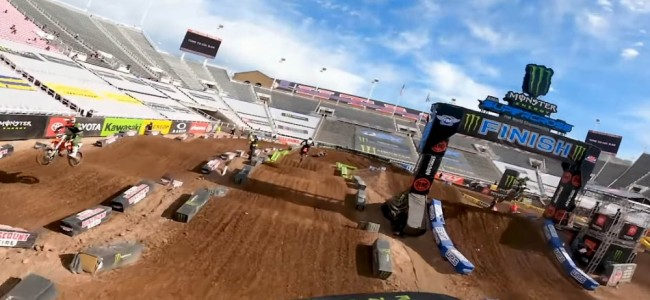 Supercross : la piste de Salt Lake City à bord de la Kawasaki d'Adam Cianciarulo