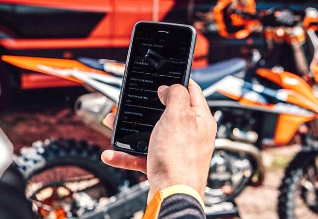 Boostez les performances de votre KTM ou de votre Husqvarna grâce à votre smartphone