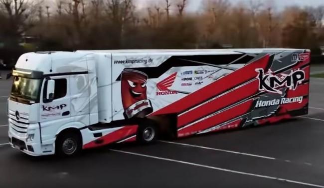 Vidéo : le nouveau camion du team KMP Honda Racing