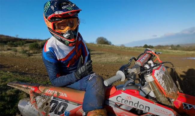 Vidéo : Tommy Searle découvre sa Honda CRF 450 2021