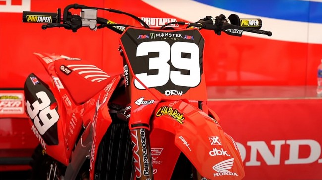 Supercross : les machines du championnat 250 ouest dans le paddock d'Orlando
