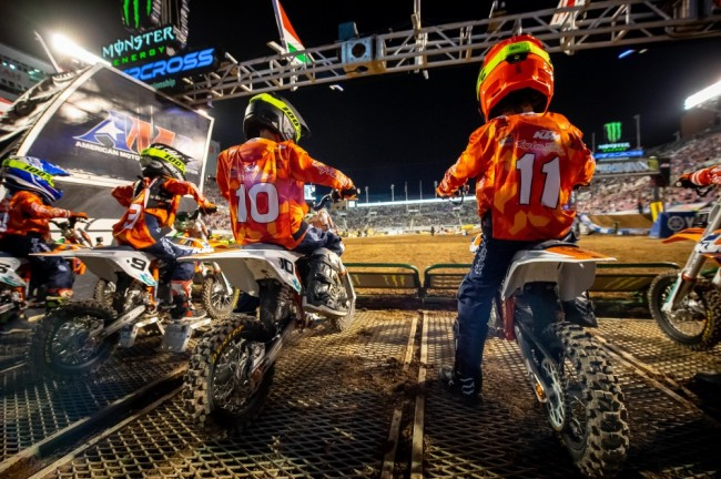 KTM Junior Supercross : à l'assaut des pistes du championnat US sur des KTM électriques
