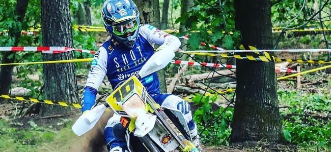 Mathias Van Hoof blessé à la hanche