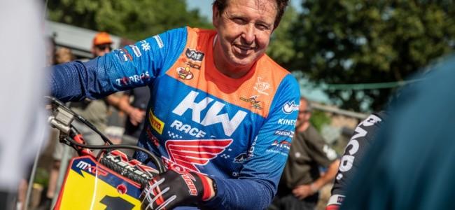 En images : la parade des légendes du motocross à Oss