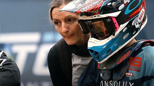 Vidéo : la super maman du motocross